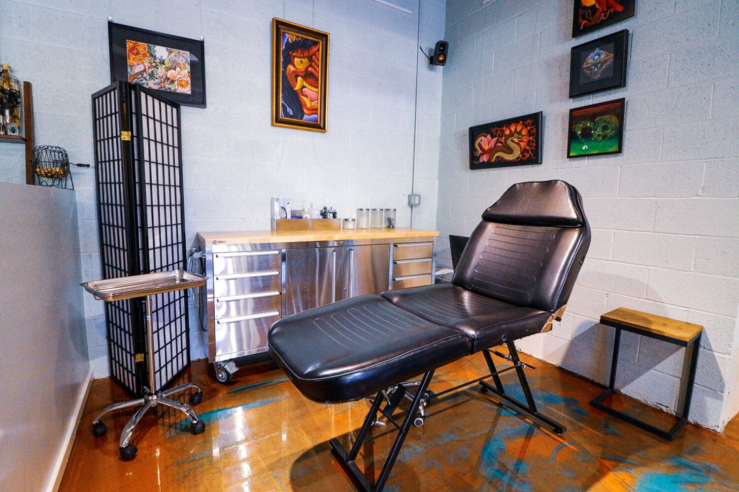 Tattoo booth at Sentient Tattoo Collective in Tempe, AZ